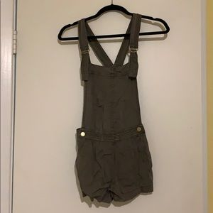 Army green overalls - size US 2
